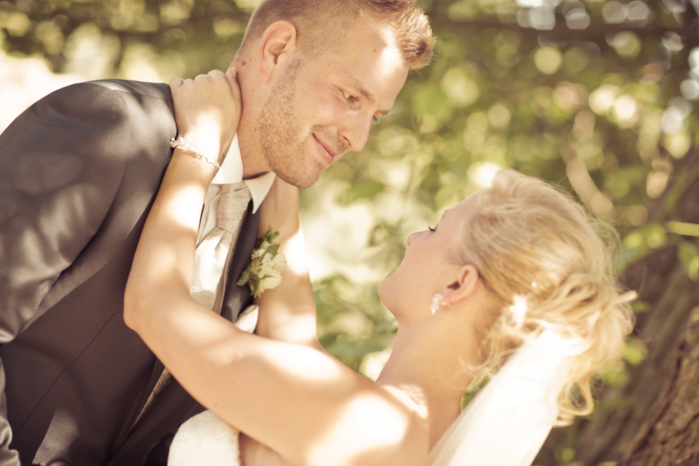 Hochzeitsfotograf Nuernberg im Local Aufgetischt