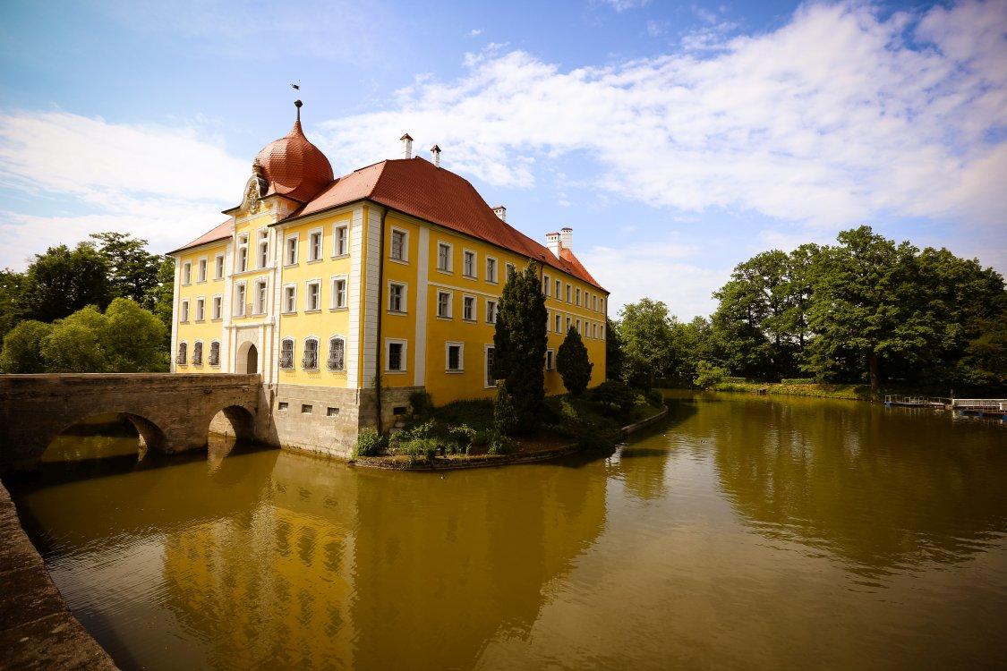 Hochzeitsfeier Schloss Thurn Wasserschloss