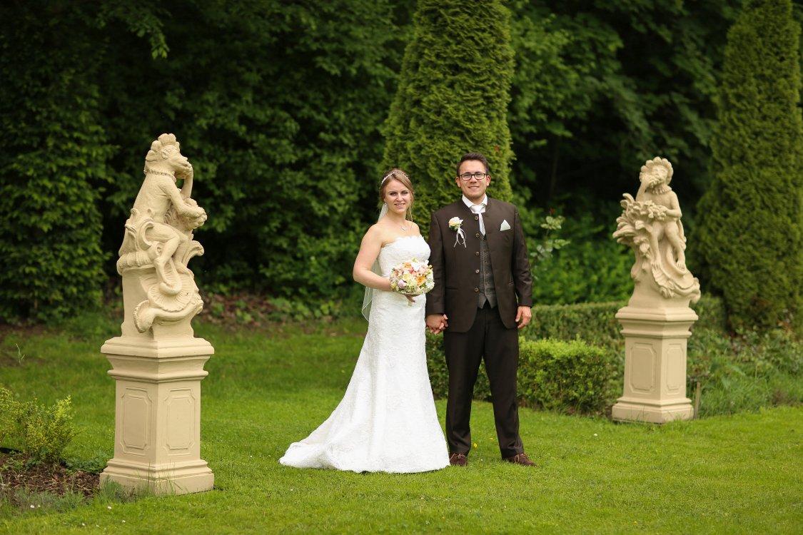 Hochzeitsfeier Schloss Thurn Garten