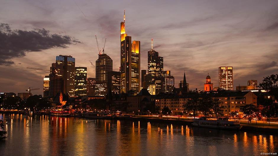 Skyline Frankfurt Hessen Sonnenuntergang